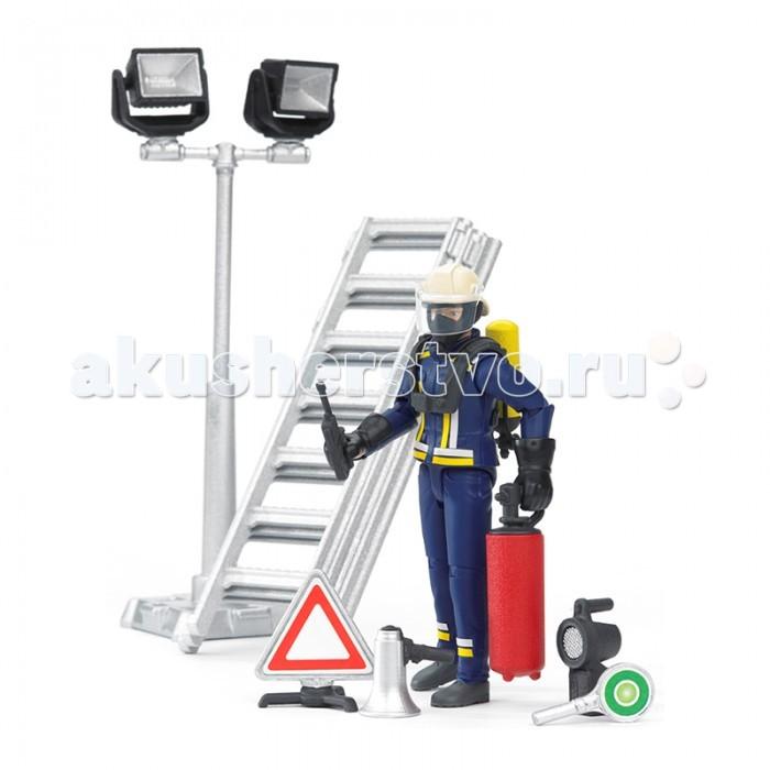 Игровые наборы Bruder Фигурка пожарного с аксессуарами