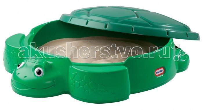 Little Tikes Песочница Черепаха 631566Песочница Черепаха 631566Песочница Little Tikes – отличный выбор для дачи.  Собственная песочница – мечта любого ребенка!  Представляем красивую ударопрочную песочницу в виде черепахи.  Она привлекает красивым и функциональным дизайном.   На лапках «черепахи» ребенок может сидеть или ставить туда игрушки.   В комплект входит большая крышка-панцирь, которая защитит песок от намокания и домашних животных.  Песочница снабжена крышкой Сделана из ударопрочного пластика  Вмещает до 70 кг песка.  Выдерживает температуру до -18 градусов.<br>
