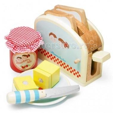 Деревянная игрушка LeToyVan Набор Тостер с продуктамиНабор Тостер с продуктамиLeToyVan Набор Тостер с продуктами.  Необходимый для развития ребенка набор с элементами бытовой техники, еды и посуды. Игрушки сделаны из дерева и окрашены безопасными для детей красками. Масло разделено на 2 части, которые соединяются между собой липучкой. Набор будет интересен как девочкам, так и мальчикам.Подарочная упаковка.  Набор Тостер состоит из: тостера и 2 кусочков хлеба баночки с джемом тарелки, ножа и кусочка масла.<br>