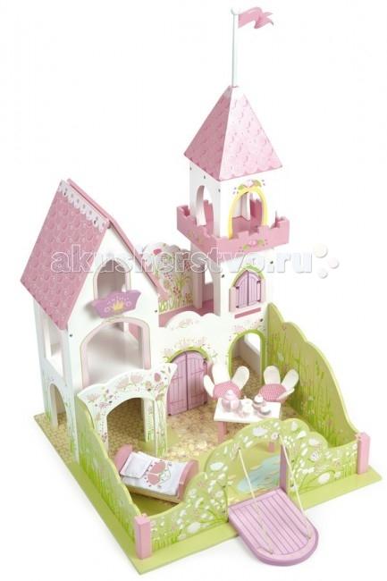 LeToyVan Кукольный домик Замок Дворец красавицы-феиКукольный домик Замок Дворец красавицы-феиLeToyVan Замок Дворец красавицы-феи.  Фантазии маленьких девочек – это сказочный мир принцесс и волшебных фей, способных творить чудеса. Куклы в длинных воздушных платьях, замки с башнями, кареты, которые увозят на бал, волшебство – вот, о чем мечтают маленькие красавицы. Чтобы исполнить свою мечту, родители часто ищут, где купить домик для фей, чтобы сделать игры для своей девочки еще ярче и увлекательнее.  Большой деревянный кукольный замок Дворец красавицы для королевской семьи, принцессы, принца и сказочных героев. В замке много интересных мест - башня принцессы с балконом и веревочной лестницей; спальня с кроватью; разводной мостик; замок окружен стеной в виде сада. На территории замка сказочный пруд с кувшинками, а рядом с ним стол, накрытй к чаю и два стульчика.  Замок легко собирается, многие элементы держатся между собой на магнитиках. Подарочная упаковка с переносной пластиковой ручкой. В замок можно играть вместе с куклами Budkins или с любыми фигурками 10-15 см в набор не входят и продаются отдельно.  Сказочный замок Дворец красавицы феи большой кукольный замок для сказочных героев и кукол привлекательное сочетание пастельных цветов в отделке башня, потайные комнаты, веревочная лестница, пруд, ворота и мн. др. легко собирается некоторые элементы соединяются на магнитах натуральный материалы и безопасные краски подходит для фигурок 10-15 см подарочная упаковка с переносной пластиковой ручкой.<br>