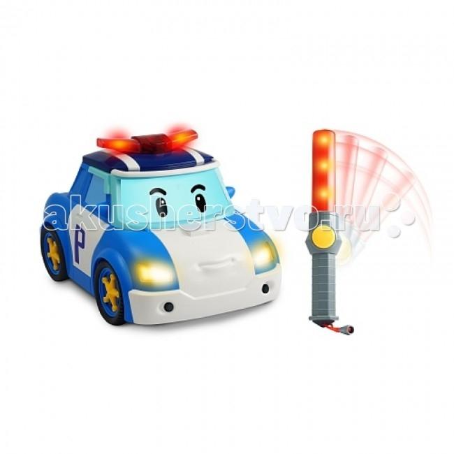 Интерактивная игрушка Робокар Поли (Robocar Poli) Поли - следуй за мной!Поли - следуй за мной!Машинка - точная копия своего экранного героя. Полицейская машинка робот-трансформер Поли живет в сказочном городишке Брумс Таун, где все-все машинки могут говорить!   Поли очень смелый и добрый полицейский, он и его дружная команда спасателей следят за порядком в сказочном городке, и готовы в любой момент прийти на помощь попавшим в беду!  Поли живет в сказочном городке Брумстаун, где все машинки и другая техника могут говорить. Он очень добрый и смелый полицейский, у него много друзей, к которым он всегда готов прийти на помощь.  Основные характеристики машинки: Машинка приводится в движение с помощью полицейского жезла, техгология ИК У жезла компактные размеры, и даже трехлетний карапуз легко удержит его в руках Малыш, управляя машинкой, будет учиться координировать движения рук В процессе игры с машинками на радиоуправлении у ребенка будет развиваться глазомер Ребенок, играя с машинками, получит основные знания по управлению автомобилем Имеются световые и звуковые эффекты Жезл делает машинку интерактивной, она может самостоятельно ехать Выполнена из высококачественного металла, детали и края аккуратно обработаны Использованы нетоксичные и гипоаллергенные красители Реалистично выглядит и развивает приличную скорость  Сюжетно-ролевые игры с использованием игрушек Robocar POLI способствуют развитию фантазии и пространственного мышления, мелкой моторики рук и координации движений вашего ребенка, формируют грамотную речь.  Упакована в картонную коробку с демонстрационным окном Для работы игрушки нужны: 3 батарейки типа АА и одна батарейка 9V (в комплект не входят). Размер машинки: 25 см<br>