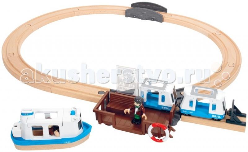 Brio игровой набор с паромом и поездомигровой набор с паромом и поездомигровой набор ж/д с паромом и поездом,свет,звук,60х53см.  Игрушка детская железная дорога всегда радует детей и родителей. А для коллекционеров модели железных дорог не просто игрушки, а уникальные экспонаты для коллекции. Также если вы не знаете, что подарить ребёнку на день рождения, то всегда можете ему подарить модель железной дороги. Железную дорогу можно подарить и взрослому человеку и она станет как-бы отдушиной, обратит время вспять и взрослый дядька станет управлять поездом, радуясь как ребёнок.  Детская железная дорога соберет вечером вместе всю семью: так приятно проводить время среди близких и любимых, тем более за такой интересной игрой. Этот игровой набор включает два вагончика-трамвайчика и фигурки. Паром снабжен звуковыми и световыми сигналами, в том числе сигналом присоединения парома к причалу. В наборе работник парома, спасательный круг и карта. 2 батарейки типа LR44, входят в комплект, 15 элементов.<br>