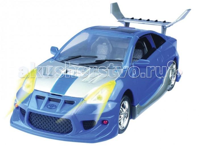 Happy Well Трансформер-машина Toyota Celica 1:18Трансформер-машина Toyota Celica 1:18Happy Well Трансформер-машина Toyota Celica 1:18 способна поразить воображение любого мальчишки!   Особенности: Робот защищает вселенную с помощью мощного оружия с подсветкой и, если необходимо, может трансформироваться в модный спорткар Toyota Celica.  Игра сопровождается световыми и звуковыми эффектами. Игрушка выполнена в масштабе 1:18. В наборе: робот-трансформер, оружие, деталь автомобиля. Работает от 2 х AG13 (в комплекте).<br>