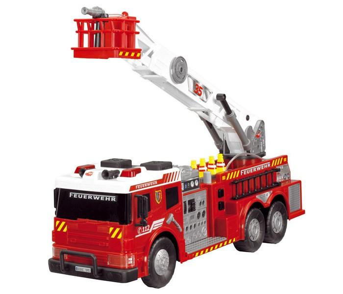 Dickie Пожарная машина с водой 62 смПожарная машина с водой 62 смDickie Пожарная машина с водой 62 см - это многофункциональная машина приятно удивит вашего ребенка. А с функцией разбрызгивания воды, детки смогут по-настоящему тушить пожар. Во время игры ребята ощутят себя настоящими героями, что придаст деткам еще больше уверенности в себе.  Особенности: Игрушка выполнена в виде пожарной машины с яркими наклейками на корпусе и мигалками. В комплекте с машинкой предусмотрены игровые аксессуары в виде огнетушителей и дорожных конусов, придающие игре особую реалистичность. Лестницу с корзиной на конце, закрепленную на подвижной платформе, можно выдвигать Размер игрушки – 62 см. Машинка оснащена звуковым модулем, поэтому издает реалистичный шум сирены, а также дополнена световыми эффектами. Чтобы дети смогли правдоподобно имитировать тушение пожара необходимо заполнить специальный резервуар и можно разбрызгивать воду из брандспойта.Колеса игрушки с широкими рельефными протекторами бесшумно ездят по поверхности и быстро набирают скорость. Корпус пожарной машины и аксессуары изготовлены из высококачественного сертифицированного для производства детских игрушек пластика, поэтому абсолютно безопасен для здоровья ребенка. Детали набора окрашены яркими стойкими красителями, не стирающимися со временем и сохраняющими свой первоначальный вид.<br>