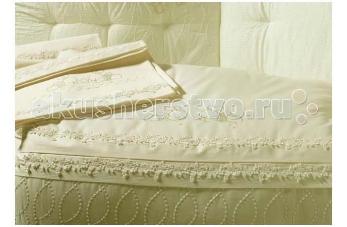 Постельное белье BabyPiu Punto corallo - Комплект для люльки: 2 простыни + наволочкаPunto corallo - Комплект для люльки: 2 простыни + наволочкаРоскошь, красота, изящество - это те слова, которые описывают продукцию итальянской компании Baby Piu    Вышитые ткани из муслина из 100% хлопка и ткани Voile из 100% хлопка.  Использованны вышитые ткани из муслина для одеял и аксессуаров, а также вышитые ткани Voile для колыбелей.  Одеяло украшено двойным кругом из кружева Макраме.  Пододеяльник, вышитый отворот одеяла и постельное белье вышиты из атласа и хлопка.<br>
