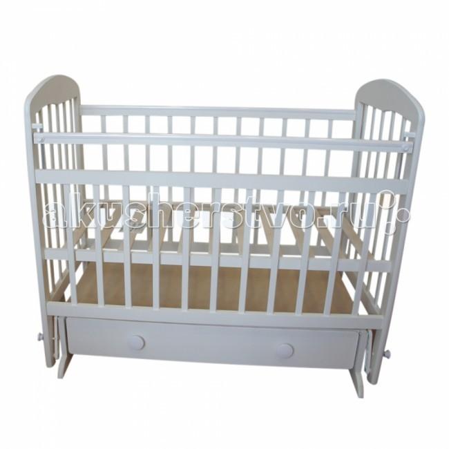 Детская кроватка Ивашка Мой малыш 8 маятник поперечныйМой малыш 8 маятник поперечныйДетская кроватка Ивашка Мой малыш 8 маятник поперечный выполнена из экологичных, гипоаллергенных материалов.   Кроватка обладает высоким качеством и комфортом, как для ребенка, так и для родителей. Благодаря современному дизайну и спокойной, мягкой расцветке она впишется в интерьер любой спальни или детской комнаты.  Кровать изготовлена из массива березы Механизм маятника поперечный Положение боковой планки регулируется опускающимся устройством Боковая стенка съемная Специальная защитная накладка на бортиках Есть фиксатор, предотвращающий раскачивание кроватки Двойной уровень поддона Днище - реечное Ящик на роликовых направляющих с системой блокировки от выпадения Ящик сверху закрыт фанерой<br>