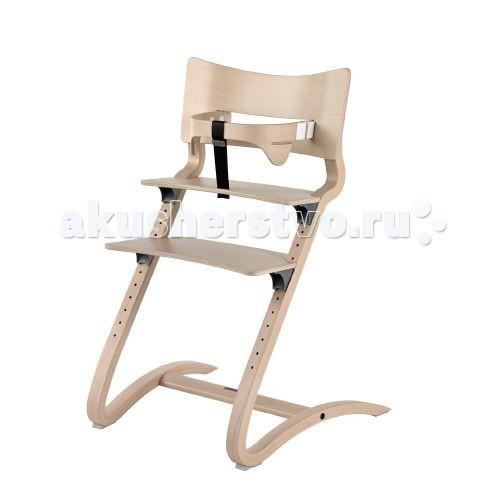 Стульчик для кормления Leander высокийвысокийСтульчик для кормления Leander высокий  За обеденным столом дети хотят чувствовать себя частью семьи, но они также хотят свободно двигаться.  Слегка пружинящая конструкция и хорошая приспособляемость стульчика Leander к росту ребенка обеспечивают естественное чувство подвижности и в совокупности создают идеальный высокий детский стульчик.  Мягкий округлый дизайн стульчика также виден в спинке и предохранительной перекладине, которая охватывает ребенка, обеспечивая уникальную боковую поддержку. Это обеспечивает правильное эргономичное сидячее положение для детей всех возрастов. Глубина перекладины настраивается без каких-либо инструментов.  Благодаря весу всего лишь в 5,1 кг стульчик легко могут передвигать как дети, так и взрослые. Несмотря на легкий вес, стульчик также удобен для взрослых и может использоваться за рабочим столом или в качестве дополнительного стула для гостя.   Высота слегка изогнутых ножек обеспечивает устойчивость и защищает стульчик от опрокидывания назад. Последние требования безопасности в отношении высоты спинки и глубины стульчика в сочетании с элегантным дизайном делают его презентабельным и актуальным в интерьере любого дома. Чтобы удовлетворить потребность наших клиентов в классической современной мебели, вписывающейся в существующие интерьеры, мы представляем стульчик Leander в белом цвете. Таким образом, сегодня мы предлагаем всю нашу мебель в белом цвете.  Как и вся мебель Leander, высокий детский стульчик Leander изготовлен из экологически чистого бука, а его поверхность обработана лаком на водной основе – что отражает нашу ответственность за безопасность детей и охрану окружающей среды.  Глубина стульчика – 56 см, ширина – 55 см и высота – 82,5 см.<br>