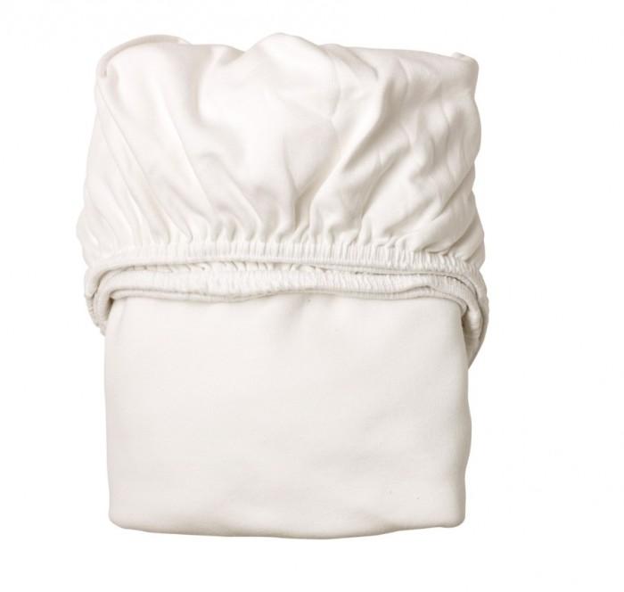 Leander Простынки Бэби 2 шт.Простынки Бэби 2 шт.Leander Простынки Бэби 2 шт. очень практичные и износостойкие.   Особенности: в комплекте 2 простынки;  мягкий материал не будет раздражать нежную кожу малыша;  простынка очень просто натягивается на матрас и надежно фиксируется на нем при помощи плотной резинки;  изделия можно стирать в машинке при температуре 60°С;  допустима сушка в барабане стиральной машины;  особое, прочное плетение с плотностью 180 г/м2;  техника плетения: Interlock jersey (интерлок джерси);  материал: 100% хлопок;  простынки подходят для матрасов: 70х120 см или 66х116 см<br>