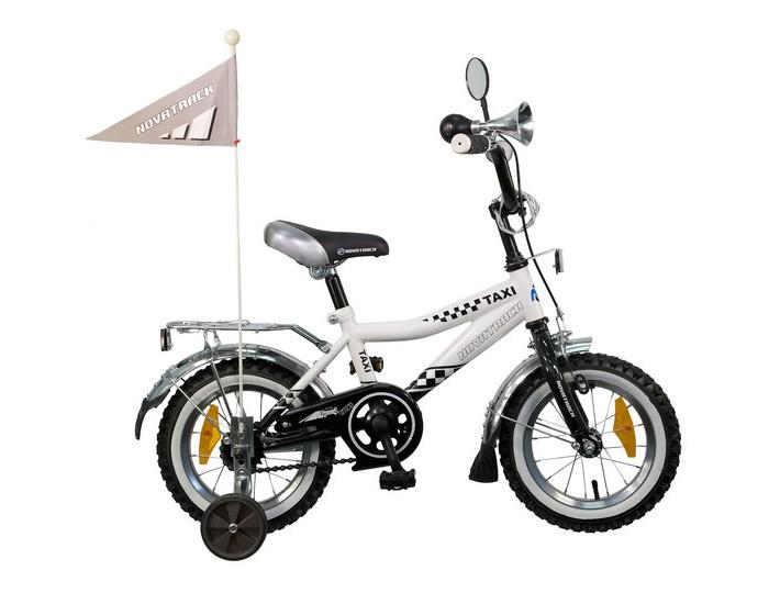 Велосипед двухколесный Novatrack Taxi 12Taxi 12Велосипед двухколесный Novatrack Taxi 12 - отличный вариант для ребенка старше двух лет, чтобы начать осваивать этот вид транспорта с пользой для здоровья. Модель имеет стильный дизайн, безупречную сборку и отличную функциональность.  Особенности: стальная рама мягкое сиденье и руль регулируются по высоте дополнительные аксессуары:  блестящий багажник, зеркальце, гудок, флажок ножной и ручной тормоз съемные дополнительные колеса защита цепи от попадания нижней части одежды в механизм Для безопасности велосипед оснащен ограничителем поворота, который не позволяет рулю повернуться на очень большой градус и тем самым предотвращает падение.   Диаметр колес: 12<br>