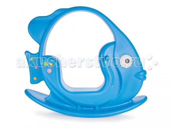 Качалка Pilsan РыбкаРыбкаДетская качалка Рыбка станет любимой игрушкой Вашего малыша, ее размеры позволяют использовать ее, как на улице, так и в доме.  Качалка имеет удобные ручки, за которые ребенок может держаться, а подножки послужат прекрасной опорой для ног. Качалка имеет максимально безопасный диапазон качания.  Развивает вестибулярный аппарат, улучшает ловкость, моторные навыки. Игрушка выполнена из прочного экологически чистого пластика с соблюдением самых высоких стандартов безопасности. Максимальная нагрузка 30 кг. Размер (шхдхв): 34х106х88 см.  Цвета в ассортименте.   Компания Pilsan начала свою историю в 1942 году. Сегодня – это компания-гигант индустрии крупногабаритных детских игрушек, которая экспортирует свою продукцию в 57 стран мира. Компанией выпускается 146 наименований продукции – аккумуляторные и педальные автомобили, велосипеды, развивающие игрушки и аксессуары для детей. Вся продукция Pilsan сертифицирована и отвечает международным стандартам качества.<br>