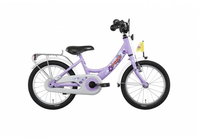 Велосипед двухколесный Puky ZL 16-1 AluZL 16-1 AluPuky ZL 16-1 Alu - отличный первый велосипед для Вашего ребенка в возрасте от 3 лет. Велосипед выглядит серьезно и представительно, его эргономика очень хорошо продумана, а качество материалов и сборки очень высокое. Такой велосипед послужит не один сезон, а после перейдет в наследство младшему ребенку от старшего.  Рама велосипеда выполнена из алюминия, поэтому Puky ZL 16 Alu - один из самых легких велосипедов в своем классе. Рама окрашена с помощью порошковой технологии, что гарантирует повышенную износоустойчивость. Такому покрытию не страшны яркий солнечный свет и падения на асфальт. Сварные швы на раме аккуратные и надежные, что обеспечивает устойчивость к нагрузкам во время катания.  Колеса велосипеда диаметром 16 дюймов с чрезвычайно мягким и легким ходом. Шины - пневматические, накачиваются ручным или электронасосом (в комплект не входит). Ниппель DV (Dunlop Valve), для накачки стандартным автомобильным или велонасосом может потребоваться адаптер AV/DV. Колеса закрыты крыльями, оберегающими одежду ребенка от брызг с колес.  Характеристики: материал - алюминий рекомендуется детям от 3 до 5 лет на рост от 100 см, длину ноги от 42 см немецкое качество накачиваемые колеса 16 (2 приставных колеса-приобретаются отдельно) рулевое управление и педали на шарикоподшипниках звонок регулируемый ручной тормоз регулировка положения седла 50-58 см подставка для парковки флажок безопасности, багажник Barpad (противоударная подушечка) на руле защита цепи крылья, защищенные по краям пластиком светоотражатели передние и задние высота рамы 26 см нижняя позиция седла 50 см максимальная нагрузка 50 кг  В комплекте: велосипед звонок флажок  Размер 113 х 50 см Вес 9.5 кг<br>
