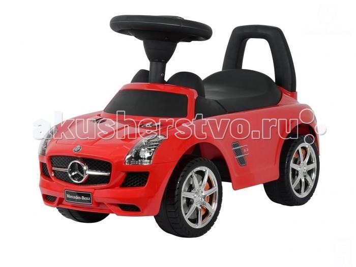 """Каталка R-Toys Mercedes-Benz с музыкойMercedes-Benz с музыкойТочная копия настоящего автомобиля Mercedes-Benz SLK 200 по лицензии известного автоконцерна.   Реалистичный дизайн Mercedes-Benz с повторением точных деталей дает ощущение подлинности автомобиля.  Хромированные диски с тормозами """"Mercedes-Benz"""", реалистичные передние и задние фары, хромированная решетка радиатора, хромированный логотип на решетке радиатора, хромированные элементы на кузове - все как у настоящего автомобиля Bentley.  Каталка-автомобиль Mercedes-Benz станет отличным подарком для маленького непоседы.  Машинка приводится в действие, как и все толокары, отталкиваясь ножками от земли.  Достаточно покрутить руль и машинка едет сама, развивает достаточную, но безопасную для ребенка скорость. Таким образом каталка поможет развивать ребёнка физически и укреплять мышцы ног.  На толокаре можно кататься как на улице, так и в помещении.  Рулём малыш определяет направление движения.  Музыкальные эффекты на руле каталки.  Очень эргономичное сиденье. Эргономика - 10 баллов. Ширина посадочного места: 21 см.  Под сиденьем – вместительный багажник для игрушек.  Сиденье и руль выполнены из матового пластика идеального качества и приятны на ощупь. Сделано из высококачественного пластика с обработкой по самым современным технологиям обработки пластика.  Максимальная нагрузка - 30 кг.  Рекомендуется для детей от 12 месяцев.  Работает от двух батареек АА. Нет в комплекте. Размер 66.5х29.5х25.5 см<br>"""