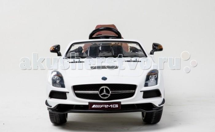 Электромобиль RiverToys Mercedes-Benz SLS A333AA VIPMercedes-Benz SLS A333AA VIPЭлектромобиль RiverToys Mercedes-Benz SLS A333AA VIP - световые и звуковые эффекты.  Особенности: подсветка панели приборов, диодные огни фар плавный ход амортизаторы  лицензионная модель пульт управления: индивидуальный (настраивается по Bluetooh) колеса: резиновые  низкопрофильные (дополнительная подсветка, которую, по желанию, можно отключить - рычаг под рулем) открываются двери, багажник коробка автомат скорость: 2 скорости вперед, одна назад   сидение: мягкое кожаное, регулировка вперед/назад 5-и точечный ремень безопасности  возможность перемещения по принципу Чемодана (выдвигается ручка и колесики) макс. нагрузка: 30 кг USB-вход, вход для MP3, SD-вход аккумулятор:  2*6V/7А редуктор:  2*35W.<br>
