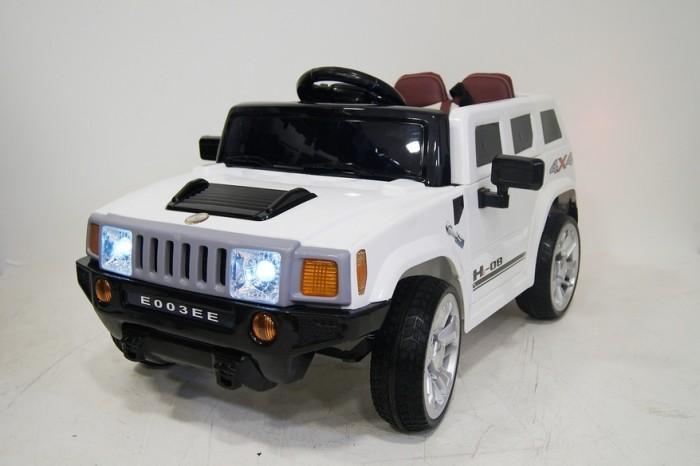 Электромобиль RiverToys Hummer E003EEHummer E003EEЭлектромобиль RiverToys Hummer E003EE - функциональный джип в стильной и яркой расцветке, со множеством световых и звуковых эффектов. Удобен для управления даже самыми маленькими детьми, так как оснащена индивидуальным пультом дистанционного управления через Bluetooth для родительского контроля. Модель стилизована под автомобиль популярной марки Hummer, отлично подходит для городских дорог и дачных тропинок. Каучуковые колеса, амортизаторы обеспечат отличную проходимость и плавность хода!  Особенности: световые и звуковые эффекты диодная подсветка передних, задних фар, подсветка панели приборов музыкальный руль - звук клаксона/мелодии заводские амортизаторы передние и задние пульт управления: индивидуальный (настраивается по Bluetooh) колеса: каучуковые низкопрофильные открываются двери скорость вперед (плавный ход), одна назад сидение кожаное, 5-ти точечный ремень безопасности заводится с кнопки вход MicroSD, USB-вход, microSD-вход перемещение по принципу чемодана  аккумулятор: 2х6V/4,5Ah редуктор: 2х12V<br>