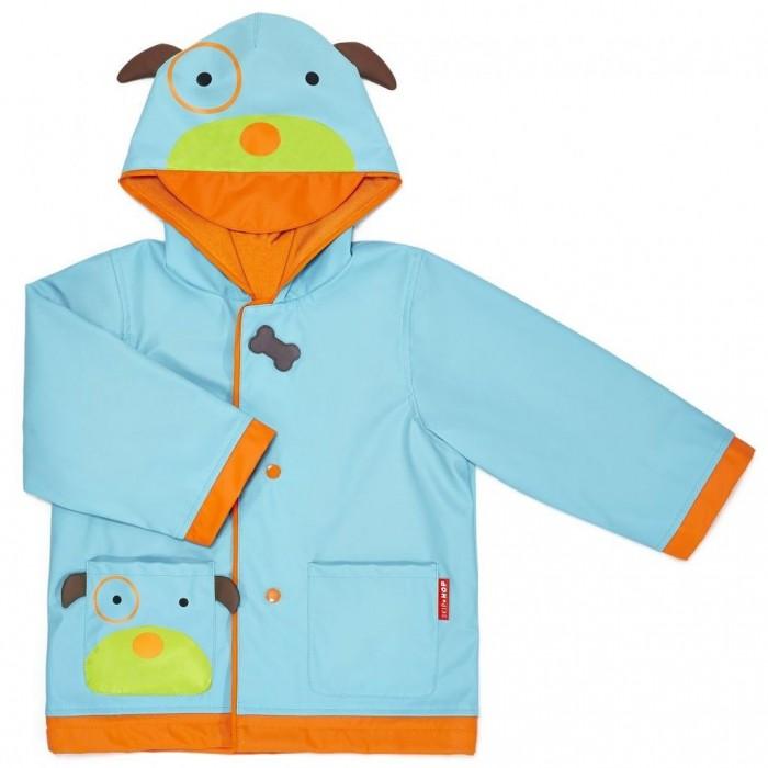 Skip-Hop Плащ детский Zoo RaincoatПлащ детский Zoo RaincoatПлащ для малышей Zoo Raincoat от Skip Hop специально создан для веселых прогулок в любую погоду. Плащ изготовлен из современных материалов: его внешняя поверхность водонепроницаема, а внутренняя — мягкая на ощупь.   Застегивается на кнопки - причем, очень просто, малыш это научится быстро делать сам. Родителям будет полезно знать: даже стремительно растущие малыши смогут носить такой плащ несколько сезонов.  Во-первых, у него свободный фасон: под плащ можно одеть не менее двух слоев одежды. Во-вторых, длина рукавов регулируется: манжеты можно разворачивать и заворачивать. Внутри нижняя часть рукава выполнена из водонепроницаемого материала, поэтому разворачивать манжеты можно на разную длину.  Козырек на капюшоне обеспечивает дополнительную защиту от непогоды. Дизайн серии Zoo — можно подобрать в комплект зонт, рюкзак, ланчбокс, чемодан и другие товары.  В комплект входит фирменные плечики Skip Hop. На подкладке есть бирка для подписи имени владельца.   Универсальный размер. Обхват груди 82 см, максимальная длина рукава (манжеты в расправленном виде) 36.5 см, длина изделия по спинке (без учета капюшона) 48 см.  При изготовлении товаров Skip Hop используются исключительно безопасные материалы. Не содержит BPA-free, PVC-free, Phthalate-free. Безопасность продукции подтверждена российскими сертификатами.<br>