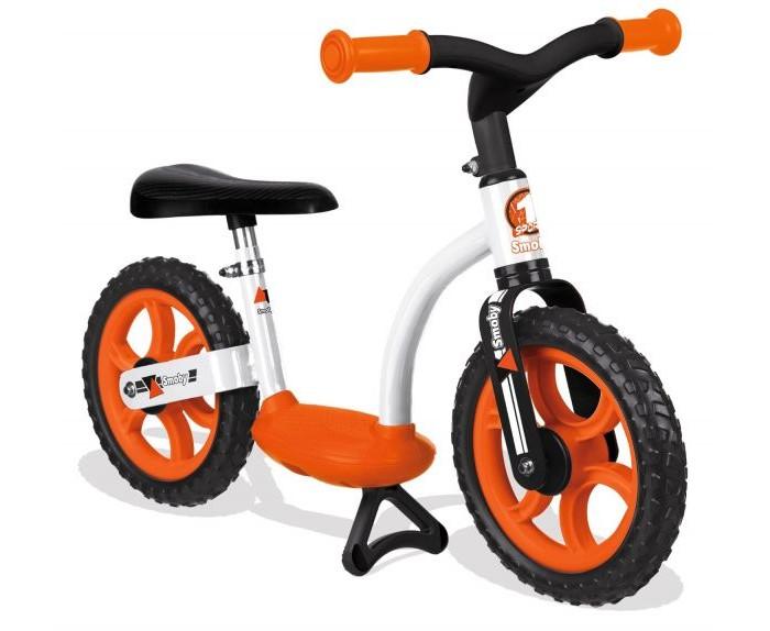 Беговел Smoby 770103/452052770103/452052STRONG>Беговел Smoby 770103/452052 с инновационной системой рулевого управления!   Особенности: Тренирует координацию, то, это идеальный способ, чтобы подготовить для езды на велосипеде. Для детей, чтобы узнать о том, как управлять и баланс соблюдается.  Регулируемый по высоте и удобное сиденье обеспечивает индивидуальную настройку рабочего колеса к росту ребенка, тем самым позволяя удовольствие от вождения в течение длительных периодов.  Особенно инновационным является центральным подножка колеса, что делает его легче для маленьких, чтобы найти баланс. Рекомендуемый возраст: подходит от 2-х лет. Сделано в Европе.  Регулируемое по высоте и удобное сиденье Центральный подножка  Размеры: 76 х 39,5 х 49 см.<br>