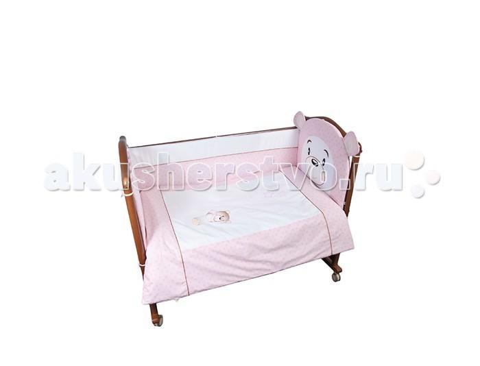 Комплект в кроватку Сонный гномик Умка (4 предмета)Умка (4 предмета)Постельное белье Сонный гномик Умка из 4-х предметов.    Особенности  состав ткани: Ранфорс, 100% хлопок  деликатные швы, которые рассчитаны на прикосновение к нежной коже ребёнка  белье полностью безопасное и гипоаллергенное   В комплекте:   наволочка (40х60 см)  простынь не на резинке (100х140 см)  пододеяльник (110х140 см)  борт из 4 частей (360х38 см)  По составу, ранфорс на 100% состоит из натурального хлопка. Отличается от остальных типов тканей повышенной плотностью. По своей плотности плетения этот материал превосходит бязь. На ощупь ранфорс напоминает бязь. Но если у бязи количество переплетений на один квадратный сантиметр составляет 42 единицы, у ранфорса данный показатель достигает 53, что говорит в первую очередь о более высокой прочности ткани.<br>