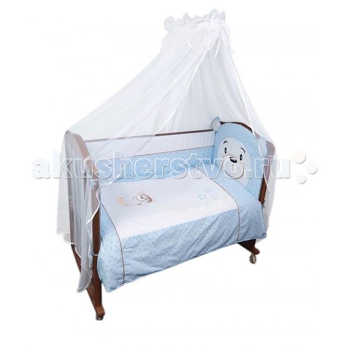 Комплект в кроватку Сонный гномик Умка (7 предметов)Умка (7 предметов)Кроватка Вашего малыша будет неотразимой и очень уютной. Ведь в комплект входит все необходимое для крепкого и безопасного сна малыша.  Характеристики: состав ткани: Ранфорс, 100% хлопок  отделка аппликацией  деликатные швы, рассчитанные на прикосновение к нежной коже ребёнка бельё сертифицировано, полностью безопасно и гипоаллергенно высокий бортик на весь периметр кроватки наполнитель бортика Холлкон плотностью 500 наполнитель одеяла и подушки Холлкон большой балдахин из тончайшей сетки выпускается в размере 120х60 см  Комплект состоит из: 4 метрового балдахина из сетки бортика из 4х частей высотой 42 см на весь периметр кроватки со съёмными чехлами одеяла (размер 110х140 см) пододеяльника (110х140 см) подушки (размер 40х60 см) наволочки (40х60 см) простыни (размер 100х140 см)  По составу, ранфорс на 100% состоит из натурального хлопка. Отличается от остальных типов тканей повышенной плотностью. По своей плотности плетения этот материал превосходит бязь. На ощупь ранфорс напоминает бязь. Но если у бязи количество переплетений на один квадратный сантиметр составляет 42 единицы, у ранфорса данный показатель достигает 53, что говорит в первую очередь о более высокой прочности ткани.<br>