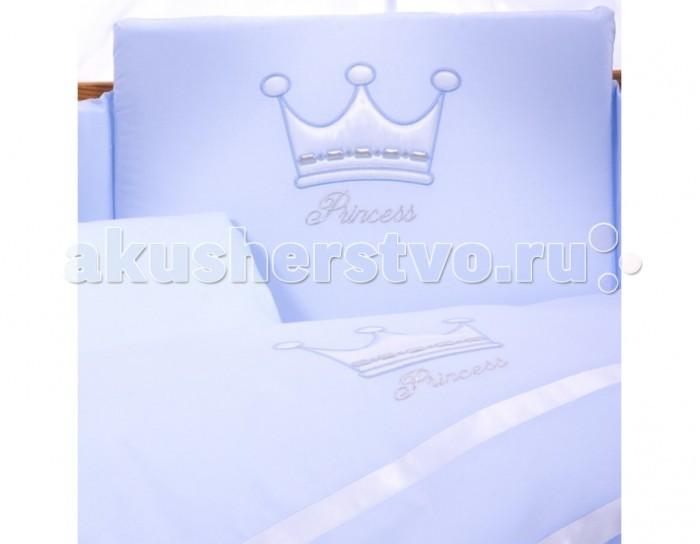 Постельное белье Tuttolina Princess (3 предмета)Princess (3 предмета)Комплект Tuttolina Princess произведен из 100% польского хлопка. Набор пошит из комбинации приятных глазу цветных тканей, а прелестная аппликация в виде короны поможет малышу расслабиться и спокойно уснуть.  Состав комплекта из 3 предметов: пододеяльник 105 см х 135 см наволочка 40 см х 60 см  простыня 120 см х 60 см на резинке  Материал: 100% хлопок  Tuttolina - польская торговая марка, которая специализируется на изготовлении качественного детского постельного белья для самых маленьких. В пошиве всех изделий ТМ Tuttolina используются 100% натуральные, гипоаллергенные ткани, такие как хлопок и сатин, которые имеют европейский сертификат качества и очень популярны в Европе.  Tuttolina изготавливает экологически чистое постельное белье для новонарожденных, наполнением которого является натуральный материал Trevira Bioactive. Этот наполнитель содержит в себе экстракт Алоэ Вера и обработан ионами серебра. В биоактивных волокнах Trevira действует активный фактор, гарантирующий постоянный антибактериальный эффект, на который не влияет стирка и использование изделия. Одеяло и подушка Tuttolina получили сертификат соответствия Медицинских изделий, выданный ITB Moratex. Кроме того в подушку и одеяльце для новонарожденного добавлен натуральный экстракт Алоэ, который обеспечивает здоровый и спокойный сон малыша, положительно влияет на кожу и не вызывает аллергии.<br>