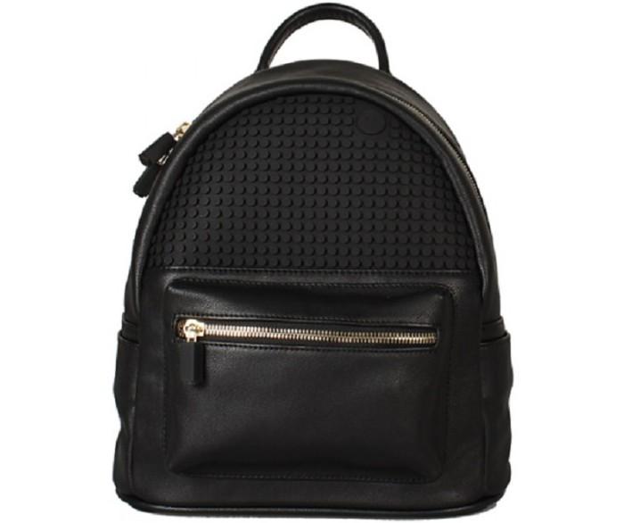 Upixel Мини рюкзак Pocker Face Backpack WY-A020Мини рюкзак Pocker Face Backpack WY-A020Upixel Мини рюкзак Pocker Face Backpack WY-A020 женский мини рюкзак с современным дизайном, сочитающим в себе моду и утончённый стиль, сам по себе уже подчёркивающий индивидуальность и чувство задаваемого тренда, а с креативным подходом в оформлении, усилит вдвойне эффект яркости. Отличный вариант, как для ежедневных так и вечерних прогулок!   Особенности: размеры: 22,5 х 27 х 11,5 см  вес: 0,570 кг поверхность: 29 рядов, 15 линий материал: 100% ЭКО кожа подкладка: 100% полиэстер панель: 100% силикон размер пикселей: маленький пиксели в комплекте: 120 шт.   дополнительно: фирменный буклет с возможными вариантами изображений. Рюкзак сделан из ЭКО кожи, снаружи оформлен двумя маленькими боковыми кармашками и передним карманом на металлической молнии с фирменной застёжкой. Регулируемые лямки рюкзака так же оснащены застёжками из металла. Внутри рюкзак с единым просторным отделением из полиэстеровой ткани на металлической молнии, оформленной так же брендированными застёжками. Оснащён двумя внутренними карманами, одни расположен по спинке на молнии и второй, открытый с внутренней стороны лицевой части.<br>
