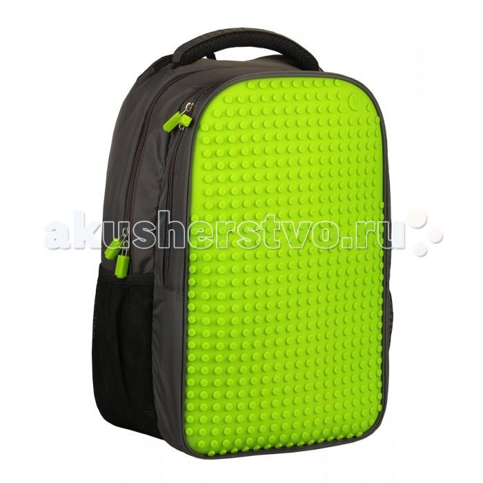 """Upixel Пиксельный рюкзак для ноутбука Full Screen Biz Backpack/Laptop bag WY-A009Пиксельный рюкзак для ноутбука Full Screen Biz Backpack/Laptop bag WY-A009UpixelПиксельный рюкзак для ноутбука Full Screen Biz Backpack/Laptop bag WY-A009 надёжный и вместительный рюкзак для ноутбука с эргономической спинкой. Ткань с водоотталкивающей пропиткой и утолщённые внутренние стенки обеспечат отличную защиту вашему цифровому помощнику с диагональю экрана 15"""". А современный дизайн и возможность ежедневно изменять внешний вид рюкзака всегда будут создавать акцент и задавать ваш тренд окружающим.  Особенности: размеры: 30 х 43 х 19 см  вес: 1,12 кг поверхность: 19 рядов, 30 линий материал: ткань 100% нейлон подкладка: 100% полиэстер панель: 100% силикон размер пикселей: большой пиксели в комплекте: 120 шт.   дополнительно: фирменный буклет с возможными вариантами изображений. Рюкзак оснащён внешними сетчатыми карманами на резинках для бутылочек или термосов, регулируемыми по длине лямками и дополнительными фиксирующими ремешками с креплениями из пластика. Так же дополнительно к ручке сделана петля для подвеса. Рюкзак разделён с двумя отделами на молниях с брендированными застёжками. Отдел за пиксельной панелью делится на два кармана, с дополнительными семью кармашками на разделительной части. Два сетчатых на металлических молниях и три узких предназначенных для ручек или карандашей. Основной отдел так же разделён на двое. Расположенный по спине предназначен для ноутбука, выполнен из уплотнённых стенок с фиксацией на липучке и двумя дополнительными карманами.<br>"""