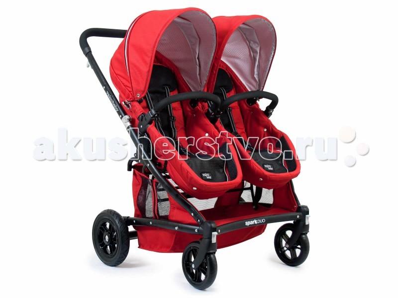 Valco baby Коляска для двойни Zee Spark DuoКоляска для двойни Zee Spark DuoValco baby Коляска для двойни Zee Spark Duo. Прогулочная коляска для двойни или погодок, сиденья которых легко трансформируются в полноценные люльки. Модель идеально подходит для детей с самого рождения.   Регулируемые капюшоны защитят малышей от солнечных лучей, а дышащие ткани Airgo обеспечат превосходную вентиляцию сиденья.   Полноразмерные люльки вместят малышей даже в зимней одежде и ничуть не стеснят их движений. Люльки можно переставлять лицом к маме или к дороге независимо друг от друга, позже трансформировать в удобные прогулочные блоки.  Прогулочные блоки: предназначены для детей с рождения до 3 лет (весом до 18 кг) cиденья Transforma – трансформируются в полноценные люльки, независимо регулируемые спинки, плавно откидываются вплоть до горизонтального положения. Для трансформации необходимо отстегнуть кнопки под спинкой сиденья и молнию под подножкой, поднять бортики вверх, прикрепить — и полноценная люлька готова съемные бамперы или отстегиваемые с одной стороны удобные подножки капюшоны EXpanda – расширяются при помощи застежки на молнии, регулируемые сетки для дополнительной вентиляции, окошки «Peek-a-boo». Окошки на коляске удобно расположены, так что Вы можете открыть его и взглянуть на спящих малышей во время прогулки 5-ти точечные ремни безопасности высококачественные, прочные, устойчивые к загрязнениям, «дышащие» ткани Airgo. Съемные тканевые детали можно стирать при температуре 30 градусов. Шасси: Ручка эргономичной формы 4 колеса, задние надувные все колеса легко снимаются для очистки или отдельного хранения передние поворотные, фиксируемые прочный облегченный алюминий ножной тормоз на 2 задних колеса, окрашен в красный цвет, снять и поставить на тормоз можно подошвой, не пачкая обувь амортизация на задних колесах компактное сложение «книжкой», автоматически фиксируется при складывании. Легко транспортируется, в том числе в сложенном виде катится в руках. Самостоятельно ст