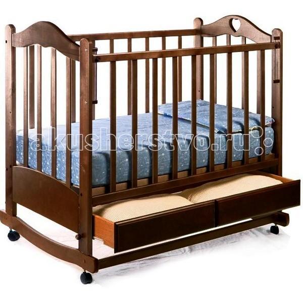 Детская кроватка Ведрусс Лана №2 качалкаЛана №2 качалкаДетская кроватка Ведрусс Лана №2 качалка подарит вашему малышу спокойный и здоровый сон с первых лет жизни.    колесо-качалка  ящик  трансформируется в диванчик  накладка ПВХ  автостенка  3 уровня ложа (размер 120х60 см) Размеры: длина 1250 мм, ширина 780 мм.<br>