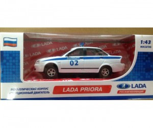 Carline ������ ����������� 1:43 Lada Priora GT7804