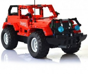 Конструктор Double E на управлении CaDA Technic Off-road Warrior