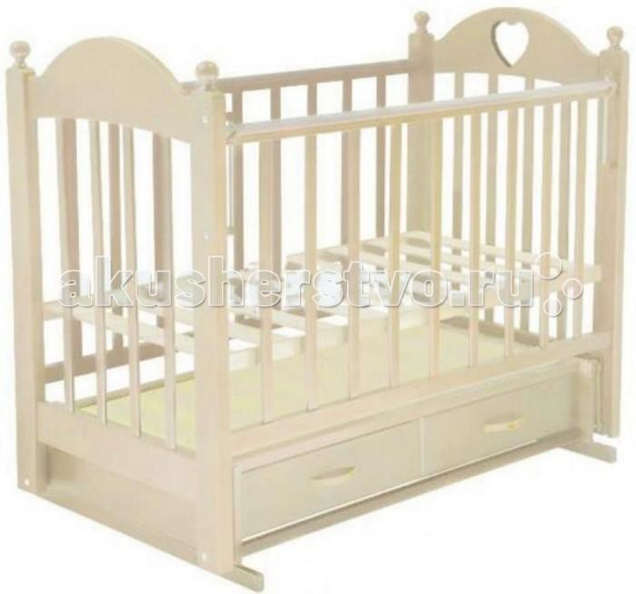 Детская кроватка Ведрусс Марьяна №3 (поперечный маятник)Марьяна №3 (поперечный маятник)Детская кроватка Ведрусс Марьяна №3, оснащенная маятниковым механизмом, считается одной из самых удобных – она обеспечивает плавное качание ребенка и облегчает маме уход за малышом, особенно в первые месяцы его жизни. Дно детской кроватки можно регулировать по высоте в зависимости от возраста ребенка, то есть пока он не научился сидеть, дно кроватки устанавливается в верхнее положение, а затем - в нижнее положение.   Выдвижной ящик детской кроватки очень функциональное и практичное дополнение к кроватке – он может использоваться для хранения постельного белья и всего, что должно быть «под рукой» у мамы. Ящик оснащен металлическими направляющими с лёгким скольжением.  Характеристика: маятниковый механизм поперечного качания  закрытый выдвижной ящик  Кроватка-маятник поперечного качания с возможностью фиксации автостенка  ПВХ-накладка  инкрустирована «сердечком»  3 уровня ложе кроватки  трансформируется в диван  реечное основание кроватки  отсутствие выступающих углов и неровностей, что обеспечивает безопасность для малыша  материал – береза (обеспечивает высокую прочность и долговечность)  древесина обработана экологически чистым лаком размер спального места: 120х60 см внешние размеры: 125 х 78 см<br>