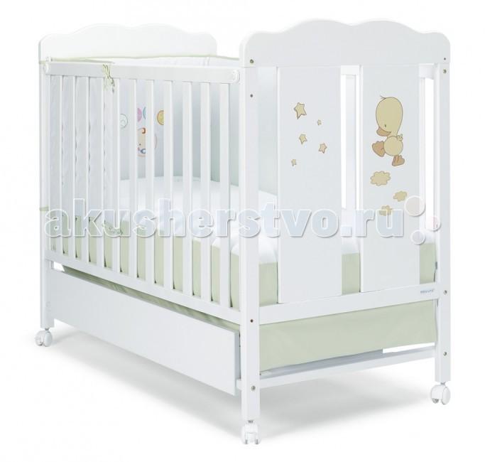 Детская кроватка Micuna Dido 120х60Dido 120х60Детская кроватка Micuna Dido 120х60 подарит Вашему малышу не только тепло и уют, но и познакомит с новым другом – весёлым утёнком Dido. Эта простая и удобная мебель идеально подходит для детей всех возрастов и наполняет жизнь радостью и позитивом.  Кроватки испанской компании Micuna изготавливаются в Валенсии из экологически чистых материалов. В первую очередь, это бук – традиционное дерево для мебели и музыкальных инструментов. Элементы из МДФ – материала, созданного без применения эпоксидных смол и фенола на основе природного полимера лигнина, дополняют конструкцию. Краски и лак, которыми покрывают кроватки, приготовлены из натуральных компонентов и не создают вредных испарений.  бортик кроватки опускается  ложе регулируется по высоте – 2 позиции  посредством снятия бортика кроватка легко превращается в диванчик  материал: бук, МДФ  в комплект не входит ящик для кровати, но его можно заказать дополнительно  дополнительная опция – качалка<br>