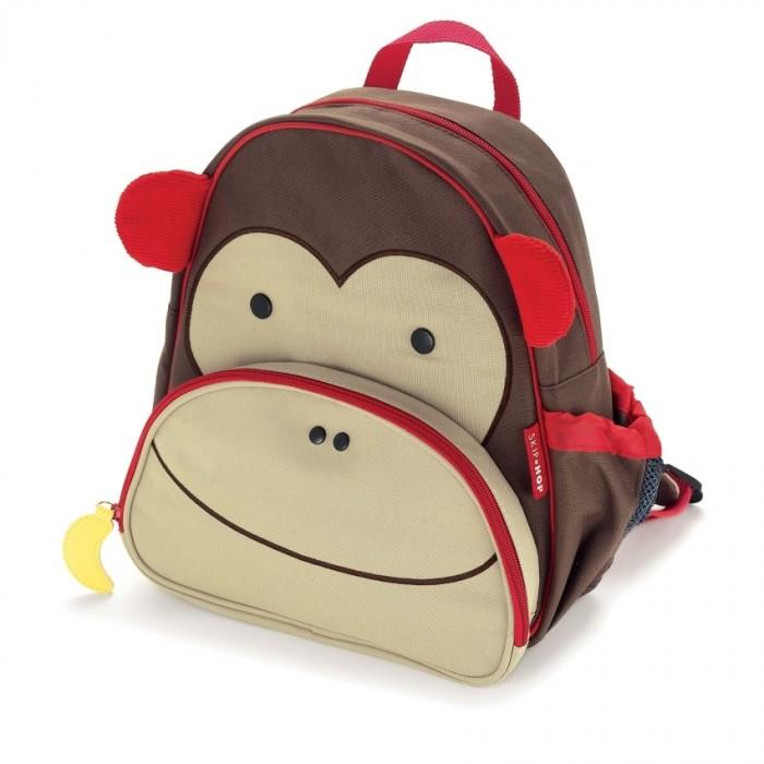 Skip-Hop Детский рюкзак Zoo PackДетский рюкзак Zoo PackВеселые детские рюкзачки Skip Hop Zoo Pack не оставят равнодушным ни одного ребенка. Пестрые расцветки, дизайн в виде запоминающихся лесных персонажей, экологически-чистые, безвредные для ребенка, материалы и удобные кармашки делают рюкзачок Zoo Pack отличным подарком для любого малыша.  Регулируемый боковой кармашек для бутылочки.  Передний кармашек на молнии для фломастеров и карандашей.  Удобные для маленькой руки ребенка брелки на молнии.  Прочная, износостойкая ткань.  Легко очищается и стирается. Для детей с 3 лет Не содержат BPA (Бисфенол А) и Phthalate (Фталат)   Размеры (длина х ширина х высота): 11 x 25 х 29 см  Вес рюкзачка: 270 г<br>