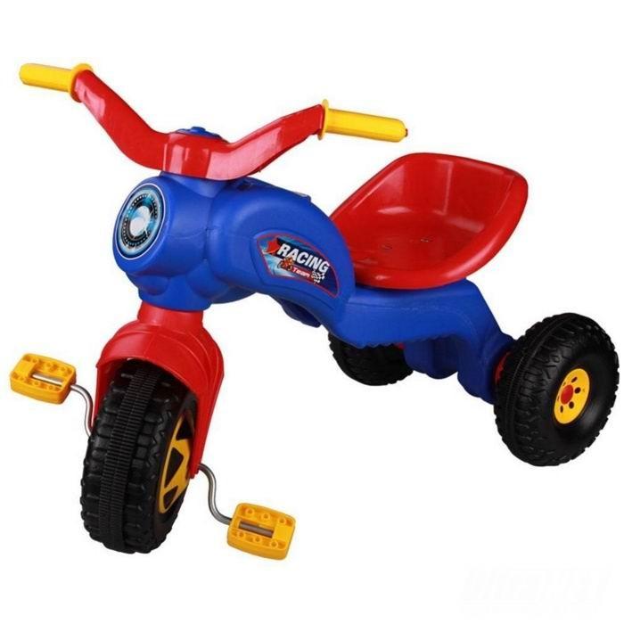 Велосипед трехколесный Альтернатива (Башпласт) ЧемпионЧемпионДетский трехколесный велосипед Чемпион - первое собственное транспортное средство ребенка!  Велосипед выполненный из пластика ярких насыщенных оттенков.  Он легкий и удобный, может использоваться как для игры дома так и на улице.  Велосипед трехколесный Чемпион - обязательно понравится Вашему малышу!  Их стоит покупать ребятишкам, начиная с 2х лет. Ведь именно для таких малышей предназначены велики на 3-х колесах.   Энергичным деткам очень полезны активные игры, которые способствуют развитию опорно двигательного аппарата малыша и положительно сказываются на общем настроении. Пластиковый Велосипед на 3-х колесах удобен и безопасен, именно с такой модели можно начать обучение ребенка катанию на велике.  Ширина: 397 мм Длина: 690 мм Высота: 495 мм<br>