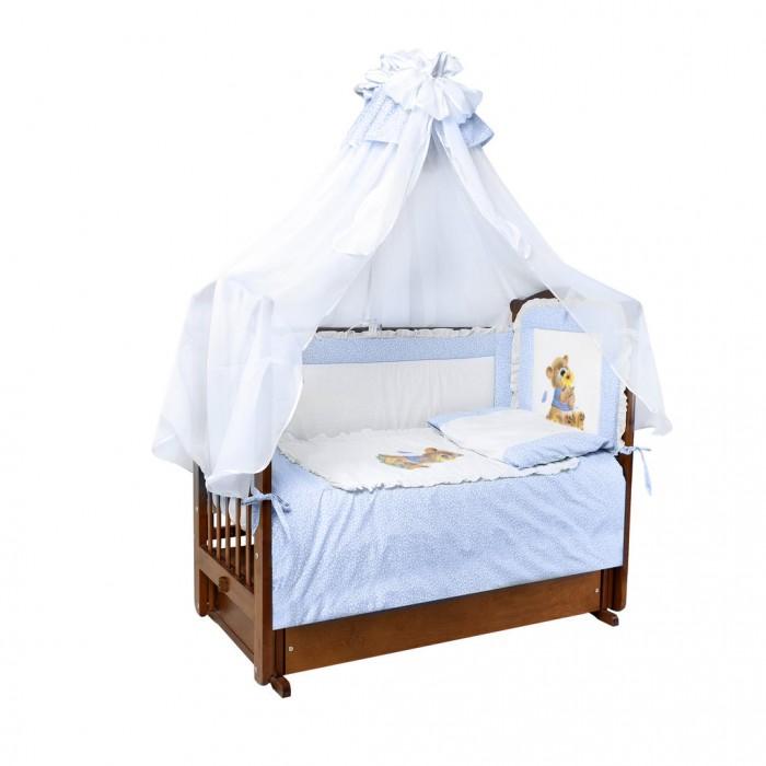 Комплект в кроватку Ангелочки с аппликацией (7 предметов)с аппликацией (7 предметов)Комплект в кроватку Ангелочки с аппликацией из 7 предметов  Бампер со съемным чехлом, расположенный по всему периметру кроватки, состоит из 4-х частей. Ткань легко стирается и не линяет даже при использовании высоких температур. Мягкий борт защитит малыша от сквозняков и убережет от возможных ударов о бортики кроватки. Все постельные принадлежности в комплекте безопасны и гипоаллергенные.  В комплекте:  Борт высокий раздельный высота 40 см  (верх - бязь набивная, наполнитель - ПЭ)  Балдахин 1,50х4,00 м (вуаль, бязь набивная)  Одеяло 140х110 см  (верх - бязь отбеленная, наполнитель - ПЭ)  Подушка 40х60 см  (верх - бязь отбеленная, наполнитель - ПЭ)  Пододеяльник 147х112 см (бязь набивная) Простыня 100х150 см (бязь набивная) Наволочка 40х60 см (бязь набивная)<br>