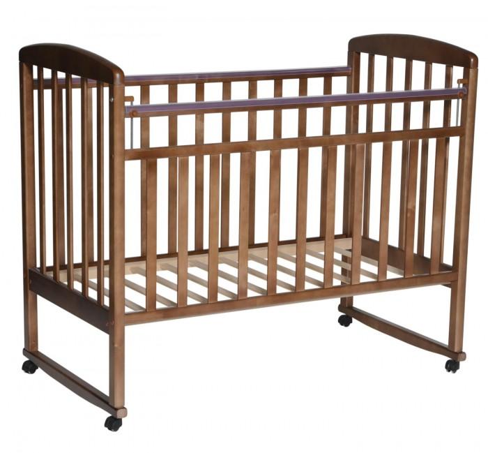 Детская кроватка Антел Алита 2 качалкаАлита 2 качалкаДетская кроватка Антел Алита 2 качалка выполненная в прекрасном сдержанном классическом дизайне понравится родителям и малышу.   Кроватка изготовлена из массива дерева с использованием современных технологий.   Особенности: Опускаемая боковина.  2 уровня ложа по высоте.  Механизм качания: колыбельный.  Колесики.  Полимерные накладки грызунки.  Внутренние размеры под матрас: 120х60см.  Внешние размеры: 127х67см.<br>