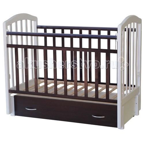 Детская кроватка Антел Алита 6 маятник продольныйАлита 6 маятник продольныйДетская кроватка Антел Алита 6 маятник продольный  Алита 6 - это детская кроватка изготовленная из качественного массива березы и покрытая безвредным лаком, предохраняющим от старения и порчи древесины, что способствует легкому уходу за ней. Кроватка отвечает всем требованиям и стандартам качества и безопасности.  Изготовлена из экологичных материалов. Этой кроватке можно полностью доверить заботу о сне и здоровье вашего ребенка. Кровать выполнена в классическом стиле, поэтому легко вписывается в любой интерьер.  Днище кроватки регулируется по мере роста малыша. Для удобства эксплуатации одна из стенок опускается вниз и возвращается в исходное положение, что позволяет без труда укладывать ваше чадо в постель. С целью хранения постельного белья и детских вещей предлагается выдвижной ящик, размещенный в конструкции кроватки.  Особенности: Опускаемая боковина 2 уровня ложа по высоте Механизм качания: маятник продольного качания, что особо актуально в первые месяцы жизни крохи Вместительный закрытый выдвижной ящик для хранения белья и мелочей Снаружи: длина – 125 см, ширина – 68 см, высота – 100 см Внутри, для матраса: длина – 120 см, ширина – 60 см Материал: Массив березы Покрыта нетоксичными и безвредными для здоровья детей лаками Деревянный каркас Маятниковый механизм качания Опускающаяся фронтальная стенка, съемная Регулировка высоты днища Защитные силиконовые накладки<br>