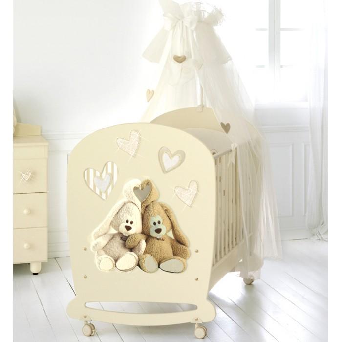 Детская кроватка Baby Expert Cremino Lux by TrudiCremino Lux by TrudiДетская кроватка Baby Expert Cremino Lux by Trudi выполнена в классическом стиле. Простые формы, нейтральные пастельные цвета, простой, без вычурности декор - всё это делает мебель универсальной базой для интерьера детской комнаты.  Особенности: ортопедическое реечное дно из бука (с 2 уровнями высоты) кровать имеет выдвижной подкроватный ящик, оснащенный доводчиком для плавного и бесшумного закрывания оснащена 4 колесиками (с 2 стопорами) боковины опускаются одним движением руки легкая сборка с системой Easy Fix расстояние между планками не более 7 сантиметров – ручки, ножки и голова ребенка не застрянут в промежутках сертификат ISO 9001 гарантирует безопасность и нетоксичность материалов, используемых при окрашивании.<br>
