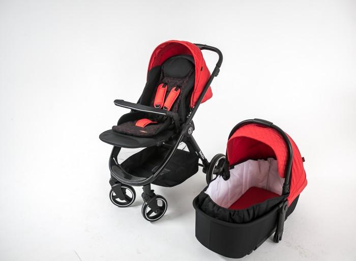 Коляска BabyZz  B102 2 в 1Коляски 2 в 1<br>Коляска BabyZz B102 2 в 1 – легкая, маневренная и одновременно функциональная модель.  Коляска предназначена для детей от рождения и до 3 лет, комплектация коляски и ее конструкция рассчитаны на круглогодичную эксплуатацию. Коляска BabyZz В 102 2 в 1 это продукт высокого качества, имеющий европейский сертификат EN 1888 и гигиеническое заключение.  Она быстро складывается, легко заезжает в лифты, не очень удобна при транспортировке. Эта модель отличается плавным ходом и отличной маневренностью. Коляска адаптирована к прогулкам в любое время года: от солнца, ветра и осадков защищает увеличенный капюшон и накидка на ножки, выполненные из плотного водоотталкивающего итальянского текстиля.  Сидение оборудовано теплым мягким вкладышем для дополнительного комфорта Вашего малыша. Для удобства родителей в коляске установлена большая корзина для покупок. Коляска качественно собрана, все детали коляски выполнены из высококачественных материалов. Люфт полностью отсутствует.  Особенности: Алюминиевая рама складывается книжкой. Родительская ручка обшита кожаным покрытием, встроенная в капюшон, регулируется по высоте.  Передние поворотные на 360 градусов колеса оснащены амортизационной пружиной, функцией блокировки и центральным тормозом на задней оси. Прогулочный блок можно устанавливать как по направлению движения, так и против него. Капюшон можно уменьшать и увеличивать. Подножку, спинку, 5-точечные ремни безопасности и дополнительный мягкий вкладыш на прогулочном сидении также можно регулировать. Обшивка люльки и матрасика изготовлена из мягкого натурального хлопка. В изголовье предусмотрен бортик. Ручка, для переноски люльки, встроена в капор с солнцезащитным козырьком. Комплектация: накидка на ножки дождевик подстаканник мягкий матрасик Размеры и вес:: Диаметр колес передних -16 см, задних - 25 см Ширина колесной базы - 56 см Вес коляски - 11 кг Спальное место сиденья: длина - 95 см, ширина - 37 см Спальное место люльки: длина - 72 