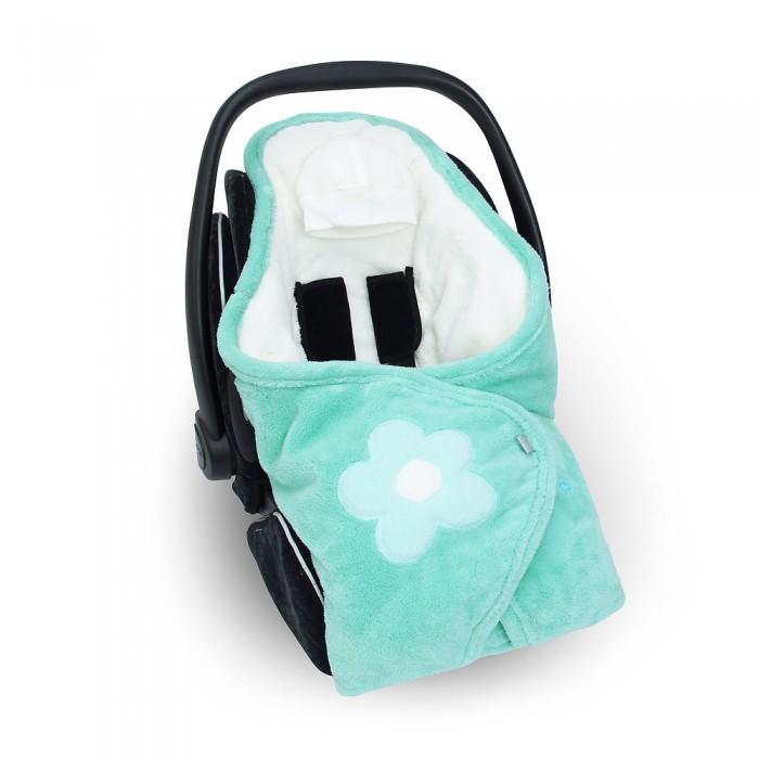 Bemini Конверт-одеяло Beside SoftyКонверт-одеяло Beside SoftyBemini Конверт-одеяло Beside Softy станет идеальным помощником в прохладную погоду. Он сохраняет тепло ребенка и в то же время свободно пропускает воздух. Благодаря этому, малыш никогда не вспотеют. Материалом для ее изготовления выступил флис.  Универсальная модель конверта тщательно разработана, чтобы обеспечить безопасность и комфорт ребенка во время прогулок. Подходит к автокреслу группы 0-18 кг, к любой коляске.   Размеры: 90x90 cm   Благодаря специальной молнии, обеспечивается безопасное расположение ребенка в автокресле или коляске.  Регулируемые ремни позволяют полностью обернуть ребенка. Светоотражающие полосы укрепляет хорошую видимость. Съемная шапочка Двойной слой микроволокна, дышащий, гипоалергенный Рекомендуется стирка при температуре 30 градусов, при этом сохраняется мягкость.   Состав:  100 % полиэстер.<br>