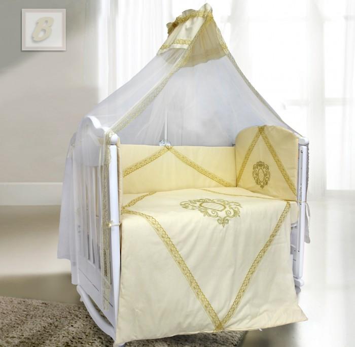 Комплект в кроватку Bombus Виконт (7 предметов)Виконт (7 предметов)Изысканный комплект в кроватку «Виконт» - это аристократический дизайн для настоящих ценителей вкуса! Сложная работа и декоративные элементы придают комплекту поистине королевский вид. Комплект отделан нежным золотистым кружевом и вышивкой в виде красивого вензеля, которые выполнены золотистыми нитками.  Все постельные принадлежности в комплекте изготовлены из натурального сатина (100% Хлопок).  Вы по достоинству оцените высокую износостойкость, надежность и долговечность этого текстильного материала.   Сатин – полностью натуральный и экологически безопасный материал, прекрасно подходящий для комплектов постельного белья новорождённым детям.  Бортики по всему периметру кроватки сделают сон малыша безопасным. Нежный балдахин изготовлен из мягкой вуали и украшен отделкой из ткани с кружевом. Это элегантный и красивый аксессуар для детской кроватки, который создает ощущение уюта и красоты.   В качестве наполнителя используется Холлкон, который хорошо пропускает влагу. Он гипоаллергенный, дышащий и создает комфортный микро – климат в кроватке.  Все самое лучшее - детям!  Комплект состоит из 7 предметов:   пододеяльник (148 см х 110см) одеяло (145 см х 108 см) борт на всю кроватку со снимающимися чехлами на молнии (360 см х 40 см) подушка (40 см х 60 см)  наволочка (60 см х 40 см) простыня (100 см х 150 см) балдахин (400 см х 175 см)  Материал: сатин, бязь Наполнитель: холлкон<br>