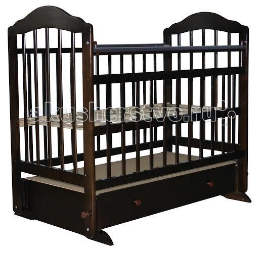 Детская кроватка Briciola - 11 маятник поперечный- 11 маятник поперечныйДетская кроватка Briciola-11 маятник поперечный будет красиво и гармонично смотреться при любой направленности дизайна интерьера. Помимо эстетических характеристик, модуль отличается практичностью и функциональным совершенством.  Особенности: Размеры ложа: 120х60 см Кроватка изготовлена из массива березы – это натуральный экологически чистый материал Раскачивание кроватки воспроизводится при помощи поперечного маятника, также имеются специальные фиксаторы, которые блокируют кровать в ровном положении Боковая оградка также опускается по высоте  Имеется накладка ПВХ Ложе регулируется в двух уровнях по высоте Боковые стенки представлены ламелями, которые расположены друг от друга на достаточном расстоянии, чтобы между ними не застревали ручки и ножки малыша. Кроме того, ламели обеспечивают постоянный приток свежего воздуха к малышу, а также позволяют присматривать за ребенком В модель включен вместительный ящик закрытого типа для хранения детских вещей, поэтому вы всегда будете уверены, что белье и одежда крохи в полном порядке Детская кроватка Briciola-11 – это надежность и комфорт по доступной стоимости<br>