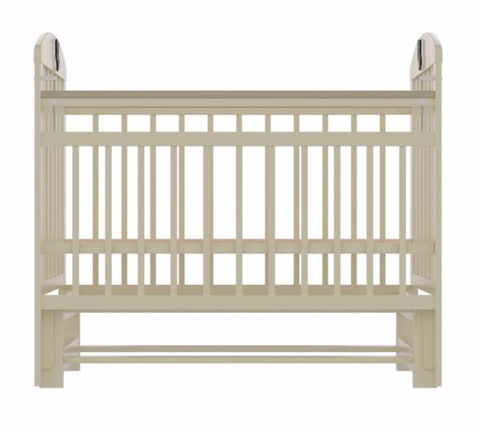 Детская кроватка Briciola - 9 маятник продольный- 9 маятник продольныйДетская кроватка Briciola-9 маятник продольный – это современный дизайн, спокойная и мягкая расцветка, высокая функциональность, отменное качество изготовления, благодаря всем вышеперечисленным характеристикам модуль успешно впишется в любой интерьер помещения.  Особенности: Размеры ложа: 120х60 см Изделие выполнено из натуральных, гипоаллергенных и экологически чистых материалов, а именно массива березы Уровень ложа регулируется в двух положениях – для удобства доступа к малышу Боковая стенка легко снимается, таким образом, кроватка легко трансформируется в маленький диванчик Боковая планка регулируется по высоте при помощи специального бокового устройства Имеются специальные накладки ПВХ Раскачивание кроватки осуществляется продольным маятником; также предусмотрен специальный фиксатор, который блокирует раскачивание Бортики сделаны из ламелей, расстояние между которыми продумано с тем учетом, чтобы в них не застревали конечности малыша Полное отсутствие острых углов и выпуклых частей – риски получения травмы малышом сведены к нулю Детская кроватка Briciola-9 отличается простотой изготовления и удобством эксплуатации<br>