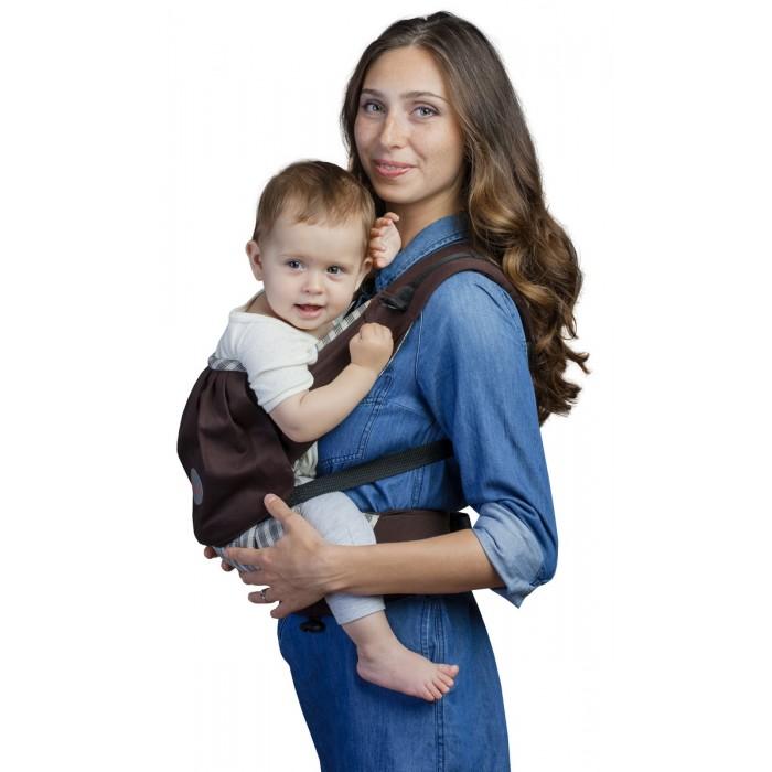 Рюкзак-кенгуру Чудо-чадо Слинг-рюкзак Бебимобиль ПремьерСлинг-рюкзак Бебимобиль ПремьерСлинг-рюкзак Бебимобиль Премьер Чудо-чадо  Эргономичный слинго-рюкзак Бебимобиль Премьер от Чудо-Чадо сочетает в себе комфорт для мамы и ребенка, простоту в использовании и модный дизайн. Плотный, но очень мягкий и бархатистый на ощупь с мягким сидением он обеспечивает физиологичную позу ребенку с разведенными ножками. Вес ребенка при этом распределяется равномерно минимизируя нагрузку на нижние отделы позвоночника и тазобедренные суставы.  Пояс анатомической формы защитит спину родителей от нагрузки за счет перераспределения веса с плеч на бедра. Ребенок находится на уровне глаз мамы и видит ее реакцию на происходящее вокруг, что позволяет ему чувствовать себя защищенным.  В рюкзачке удобно как усыплять ребенка, передвигаясь по дому, так и перекладывать спящего ребенка. Нужно только скинуть лямки и переложить кроху в кроватку. В рюкзачке можно незаметно для окружающих покормить ребенка грудью, чуть ослабив лямку и приложив ребенка к груди.  Конструктивная особенность слинго-рюкзака Бебимобиль Премьер - возможность носить ребенка лицом от себя. При этом не ограничивается любознательность ребенка и не провоцируется одностороннее развитие мышц.  Приятными дополнениями являются удобный кармашек с двумя молниями на спинке рюкзачка и кармашек на поясе.  Наружная ткань - хлопок плетения оксфорд.  Идеален для переноски детей в возрасте от 4-х месяцев до 3-4 лет.  Основные особенности: простота и комфорт плотный, но очень мягкий пояс анатомической формы возможность носить ребенка лицом от себя удобные кармашки идеален от 4-х месяцев до 3-4 лет<br>