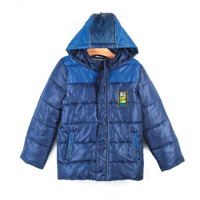 Coccodrillo Куртка для мальчика LongboardКуртка для мальчика Longboard&#8203;Coccodrillo Куртка для мальчика Longboard стеганая с капюшоном. Воротник-стойка.   Спереди практичные втачные карманы. Застежка-молния скрыта под планкой с липучками.  Состав: 100% полиэстер Уход за изделием: автомат до 40%<br>