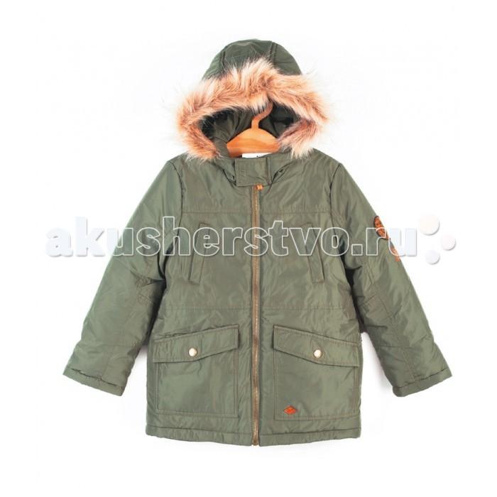 Coccodrillo Куртка для мальчика ScentКуртка для мальчика Scent&#8203;Coccodrillo Куртка для мальчика Scent с капюшоном, декорированная окантовкой на карманах.   Модель с воротником-стойкой, прорезными нагрудными карманами, карманами с клапанами на кнопках, трикотажными манжетами, контрастной застежкой-молнией. На одном из рукавов нашивка.  Состав: 100% полиэстер Уход за изделием: ручная стирка до 40%<br>