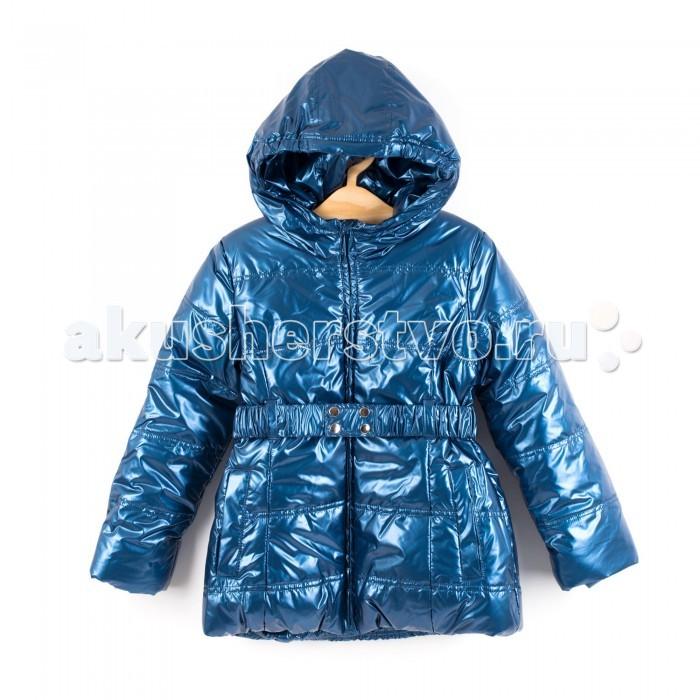 Coccodrillo Куртка для девочки ShineКуртка для девочки ShineCoccodrillo Куртка для девочки Shine  Удлиненная куртка цвета голубой металлик с капюшоном, поясом и двумя карманами. Застегивается на молнию.  Состав: 100% полиэстер Рекомендации по уходу: автоматическая стирка при температуре до 40 С.  Coccodrillo является одним из крупнейших производителей детской и подростковой одежды по всей Европе. Компания существует с 1990 года и сегодня сотрудничает с 27 странами по всему миру. Она также входит в топ пяти наиболее популярных европейских марок детской одежды.  Изделия не вызывают аллергических реакций. В их составе &#8722; только экологически чистые волокна, которые обрабатываются с использованием высоких технологий и современного оборудования, что обеспечивает ткани высокую степень износостойкости и гарантирует долгую насыщенность цветовой гаммы, а также высокое качество печати рисунка.<br>