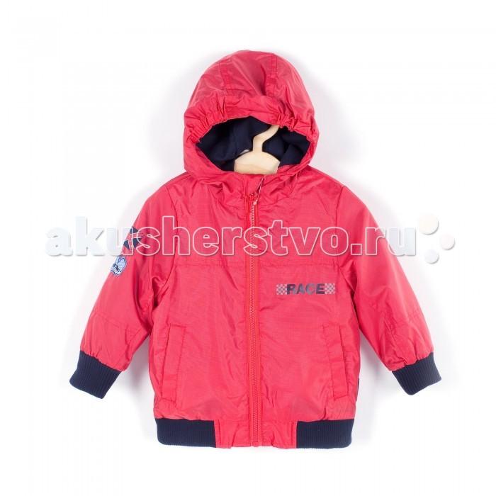 Coccodrillo Куртка для мальчика RacerКуртка для мальчика RacerCoccodrillo Куртка для мальчика Racer  Куртка красного цвета с синими манжетами и резинкой по низу, застежка молния, капюшон с синей подкладкой. Нашивки на рукаве, принт спереди, 2 кармана.  Состав: 100% полиэстер Рекомендации по уходу: автоматическая стирка при температуре до 40 С.  Coccodrillo является одним из крупнейших производителей детской и подростковой одежды по всей Европе. Компания существует с 1990 года и сегодня сотрудничает с 27 странами по всему миру. Она также входит в топ пяти наиболее популярных европейских марок детской одежды.  Изделия не вызывают аллергических реакций. В их составе &#8722; только экологически чистые волокна, которые обрабатываются с использованием высоких технологий и современного оборудования, что обеспечивает ткани высокую степень износостойкости и гарантирует долгую насыщенность цветовой гаммы, а также высокое качество печати рисунка.<br>