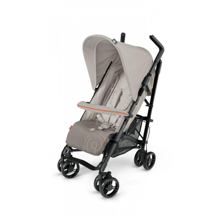 Коляска-трость Concord Quix.PlusQuix.PlusКоляска-трость Concord Quix.Plus компактная и маневренная, удобная и просторная.   Превосходна как для путешествий, так и для повседневных прогулок по городу, парку. Подходит для прогулок с детьми, начиная с 6 месячного возраста и выдерживает вес ребенка в 15 кг (до 3.5-4 лет)  Особенности: съемный с двух сторон бампер (поручень) со встроенной накидкой от ветра компактно складывается по принципу трость, при этом нет необходимости отстегивать бампер удобна для транспортировки в сложенном состоянии (можно как катать за собой, взяв за ручку, так и переносить, взяв за раму) тканевая основа выполнена из качественного, износостойкого материала, легко снимается и моется в режиме деликатной стирки 5-ти точечные ремни безопасности с мягкими плечевыми накладками застегиваются с помощью замка, снабженного оригинальным предохранителем Высота ремней регулируется в зависимости от роста ребенка. удобный стояночный тормоз расположен на ручке, легко включается и выключается спаренные колеса оптимального диаметра (15см) обеспечивают плавный ход и комфортность во время прогулки передние поворотные колеса с удобным педальным фиксатором спинка раскладывается до положения для сна, образуя с подножкой полноценное спальное место длиной в 85 см. объемная корзина для покупок объемный капюшон размера XXL, с дополнительной секцией на молнии (включающий в себя москитную сетку) и выдвижным козырьком капюшон соответствует стандарту UV50+, с водоотталкивающими свойствами приятная особенность: на левой ручке расположен кронштейн, на который можно повесить любой мелкий предмет, на правой - небольшой контейнер Размеры и комплектация коляски Concord Quix.Plus: ширина шасси: 49 см ширина сиденья: 35 см глубина сиденья: 23 см высота спинки: 53 см длина спального места с подножкой: 85 см компактна в сложенном состоянии: 26 x 36 x 102 см вес коляски: 8 кг в комплекте дождевик со смотровым окошком, съемный поручень<br>
