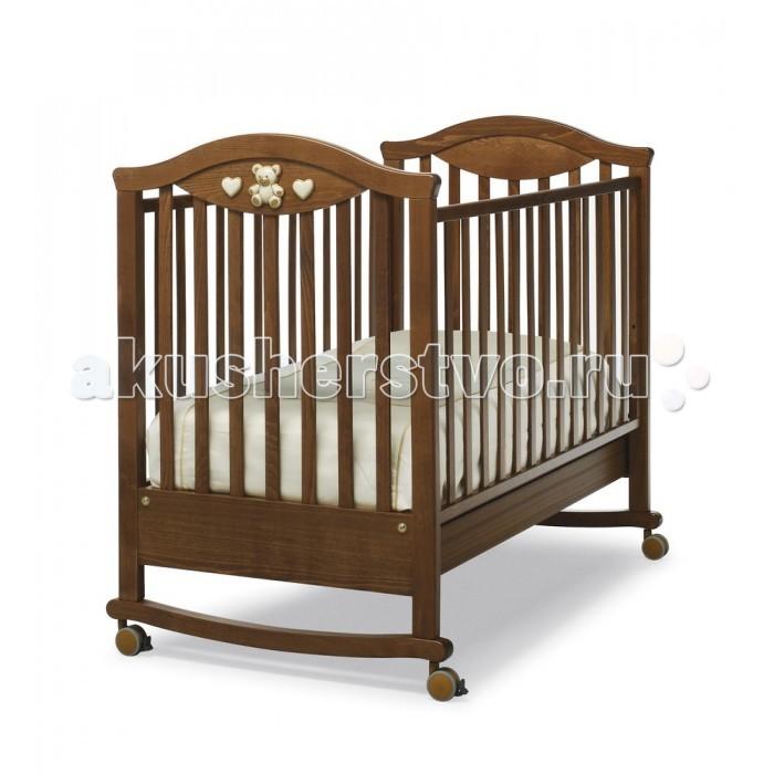 Детская кроватка Erbesi Amour качалкаAmour качалкаДетская кроватка Erbesi Amour качалка – удивительное сочетание изящества и комфорта, которое удивительным образом подойдет для Вашего малыша. Все составные части и компоненты кроватки, во избежание порезов, царапин и ссадин, не имеют острых углов.   В кроватке используется сетка из деревянных планок или многослойной перфорированной фанеры (10 отверстий), обеспечивающей правильное потоотделение. Большой ящик в основании кровати, оснащен металлическими направляющими с первоклассным скольжением и блокировкой во избежание его невольного выпадения. Кроватка-качалка Erbesi Amour – изящество, безопасность и непревзойденный комфорт для Вашего малыша!  Большой ящик в основании кровати, оснащен металлическими направляющими с первоклассным скольжением и блокировкой во избежание его невольного выпадения. В этом роскошном гнездышке малыш будет видеть самые нежные сны.  Особенности: Материал: бук высокого качества, покрыт краской и лаком на водной основе Дно кровати двухуровневое Бортик съемный, регулируемый Ящик выдвижной с металлическими направляющими и блокировкой от выпадения Колеса съемные с блокировкой Расстояние между прутьями  4,5-6,5 см<br>