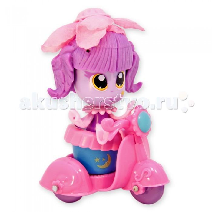 Куклы и одежда для кукол Daisy Набор кукла-цветочек 9 см с аксессуарами и мопедом куклы и одежда для кукол daisy кукла принцесса 47843